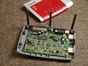 Fbz02 T in Hardware zerlegt - Fritzbox